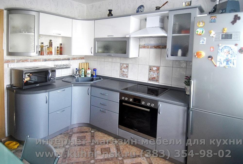 Кухонный гарнитур в кухне 9м2